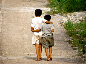 Two-friends-in-Ek-Balam-Mexico-thumb-300x225